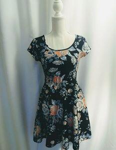 Other - Dark Blue floral dress